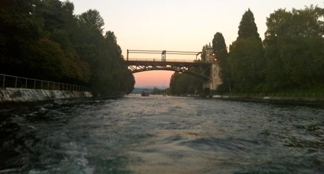 Montlake bridge over the cut separating Lake Union and Lake Washington