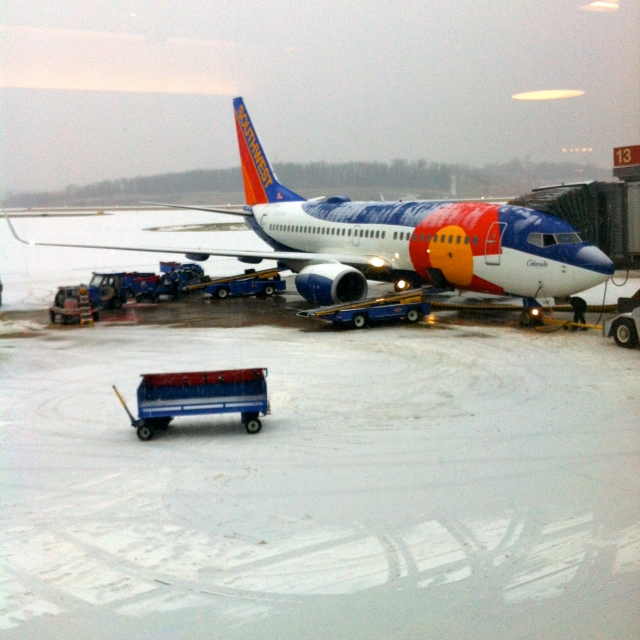 … and this is how much it had snowed by the time we were boarding our 9:30am flight. Fortunately we weren't connecting in Chicago, but the Hercules storm messed up flights all over the country!