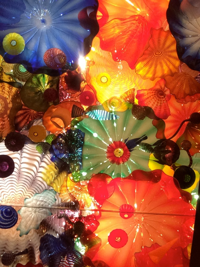 We've been to Chihuly exhibits in Knoxville and Nashville stretching back decades. It was very fun to see him in his hometown.