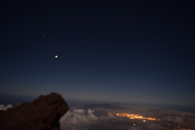 Kahului from above. While the full moon ruined plans for some spectacular stargazing we did see Jupiter and Venus at their closest point in the sky in 2,000 years. Some think that the last time they were so close together was the inspiration for the Star of Bethlehem.